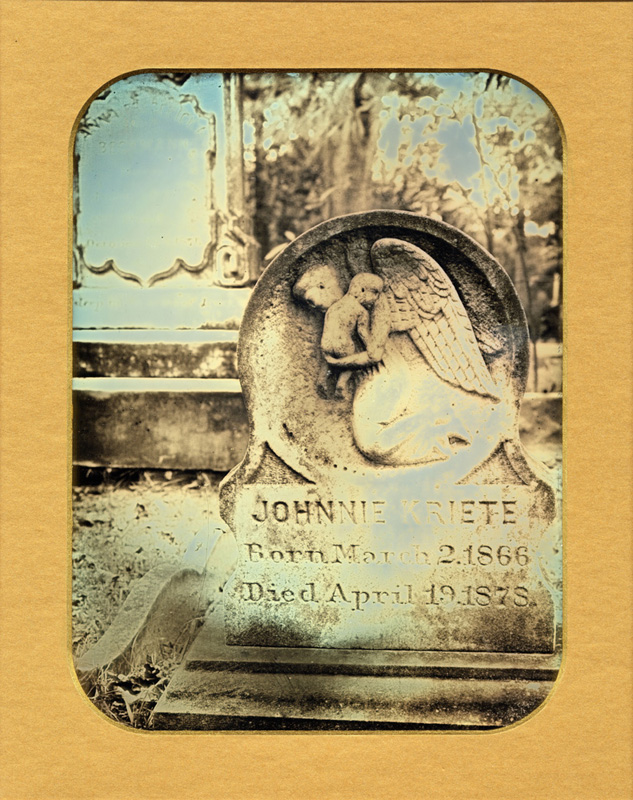 Gravestone of Johnnie Kriete In Savannah