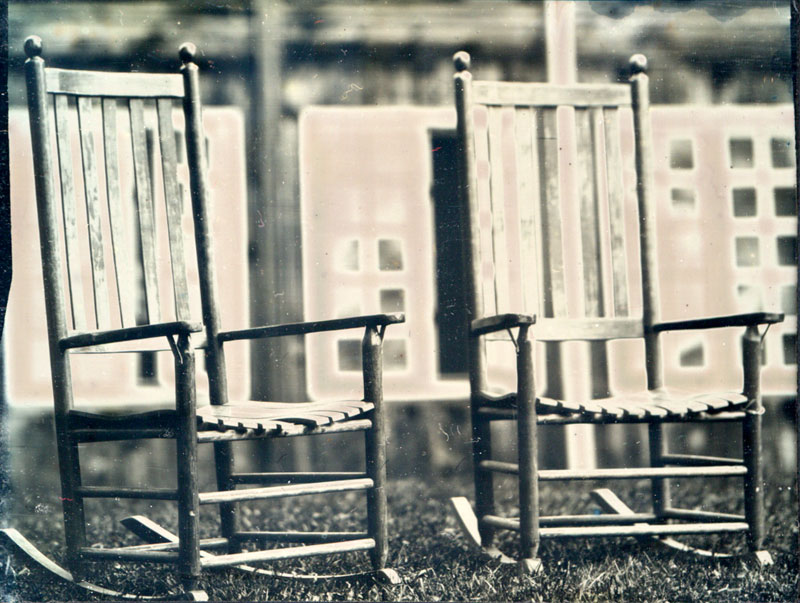 rocking-chairs-high-res